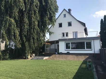Traumh. EG-Wohnung mit wunderschönem Garten GT-Nä. Miele