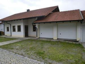 Großzügiges Einfamilienhaus mit Einliegerwohnung im Rohbauzustand in 94065 Waldkirchen