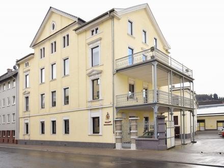 Guter Mix – Gründerzeithaus mit modernem Büro mitten in Bingen