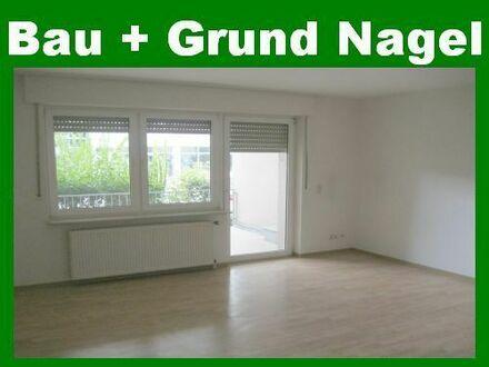 Provisionsfrei! Erdgeschosswohnung mit Balkon und Garage im Zentrum. Einbauküche möglich!