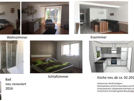 helle 2 Zi-Wohnung Glattbach mit neuer Einbauküche, Bad renoviert, Garage + Stellplatz, Balkon
