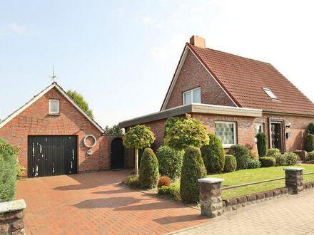 Schönes Einfamilienhaus mit Garage in Heidmühle!