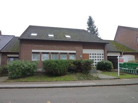 Komfortables Einfamilienhaus mit Schwimmbad & Einliegerwohnung in der nördl. Gartenstadt, Dortmund