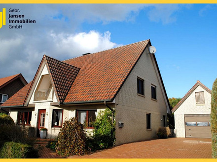 Großzügiges Einfamilienhaus mit mögl. Einliegerwohnung und Vollkeller!