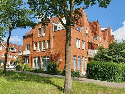 Direkt am Bürgerpark in Findorff ; Helle Eck-Wohnung