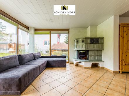 Nürtingen: Mehrfamilienhaus, ruhige Lage, großer Garten, Kachelofen, Terrasse, Balkon, Garage