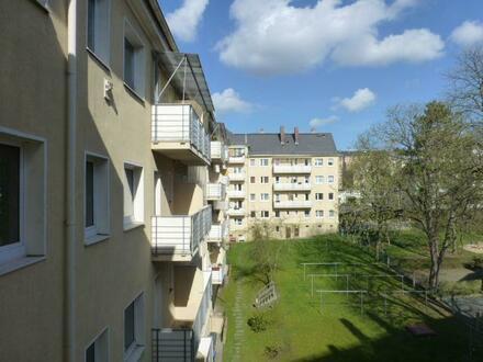 +++ Sonnige 3 Raumwohnung mit Balkon!! +++
