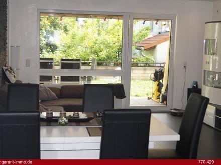 ** KERNSANIERTER Wohntraum mit Terrasse und Garten in ruhiger Lage unmittelbar in Schloßnähe **