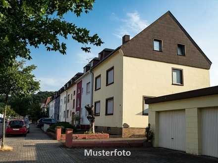 Zwangsversteigerung Wohnung, Grünendeicher Straße in Stade