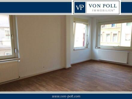 Erstbezug nach Sanierung! Großzügige Wohnung in zentraler Lage!
