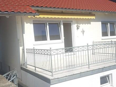4 Zimmer Wohnung mit Balkon und Doppelgarage in Hepberg
