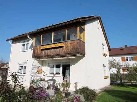 Salzweg: Einfamilienhaus aus den 60ern mit moderner Luft zu Wasser-Wärme-Pumpenheizung