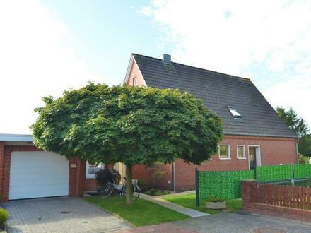 Moormerland - Veenhusen: Familienhaus mit großem Garten in zentraler Lage