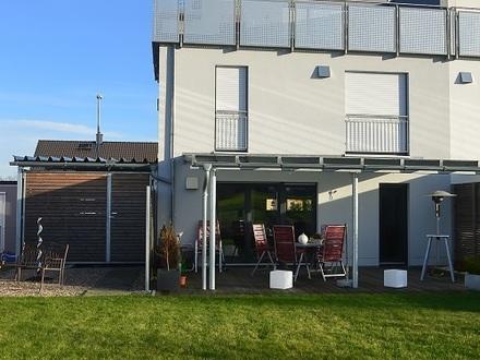 Moderne Doppelhaushälfte mit Dachterrasse und Garten in Weiden, Krumme Äcker