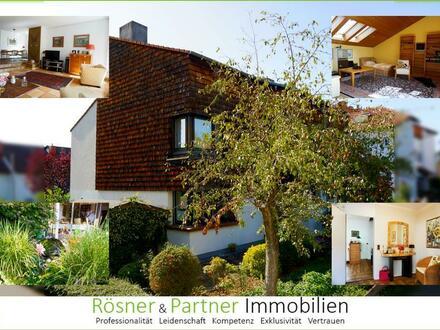 *Raumwunder in Ruhelage von Liederbach* Gepflegte DHH mit Atelier und Dachterrasse!
