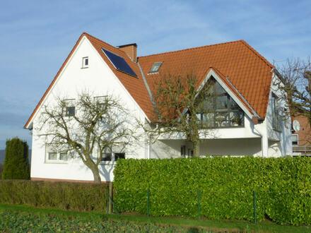 Gepflegtes Ein-/Zweifamilienhaus mit großem Grundstück in Vlotho