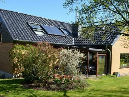 Villa mit luxuriöser Ausstattung in Vorstadtlage!
