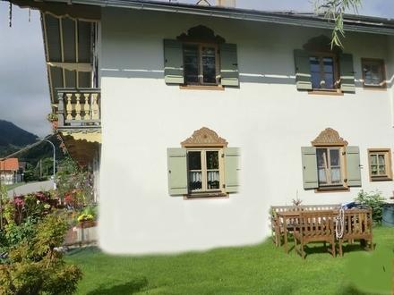 Denkmalgeschütztes EFH mit idyllischem Garten in Oberaudorf!