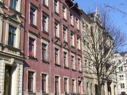 3 Raum Wohnung auf dem Kaßberg mit Balkon freut sich auf Sie als Mieter