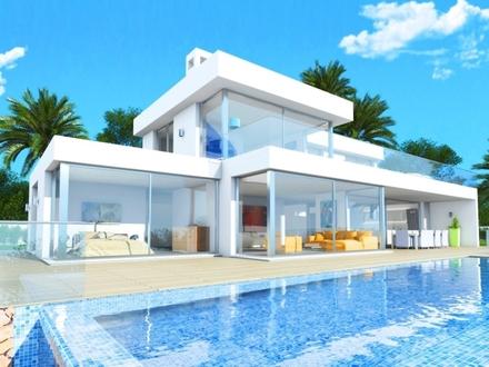 Edles Haus mit Infinity-Pool