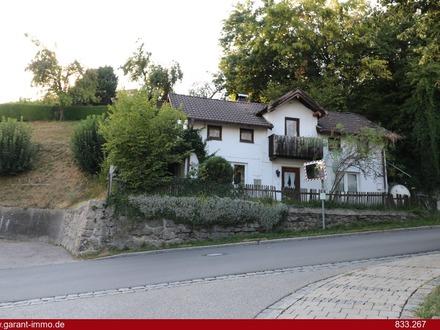 Kleines Einfamilienhaus mit zwei Schuppen in sonniger Lage von Rott am Inn