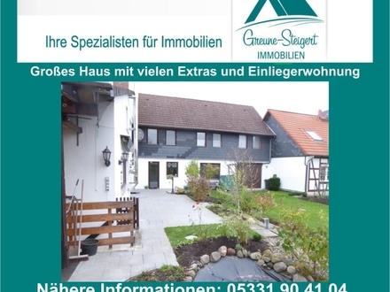 *** Großes Generationshaus mit zwei Eingängen mit attraktiven Garten und vielen Extras!!