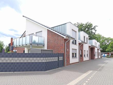 Sudweyhe: Top gepflegte und stilvolle 3-Zimmer Dachgeschosswohnung mit Garage!