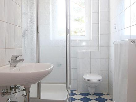 Helle 3-Raumwohnung mit Dusche und Balkon
