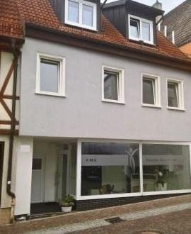 *Gute Rendite* Wohnhaus mit Gewerbeanteil zentral in Giengen