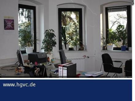 Villenetage im Dachgeschos, 130 m², 7 Zi., DV Verkabelung, Pkw-Stellplätze !