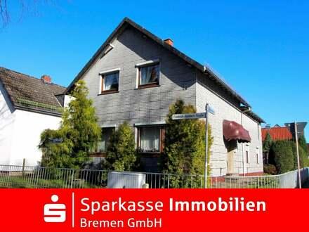 Interessante Gelegenheit für Handwerker - Zweifamilienhaus in zentraler Wohnlage von Bremen-Grohn