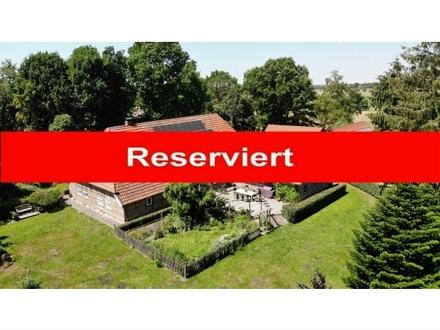 Reserviert: Exklusives Fachwerk-Landhaus mit genehmigter Pferdehaltung in Rastede