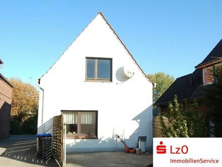 Sanierungsbedürftiges, kleines Haus in Boitwarden