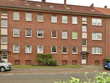 TT bietet an: 2-Zimmer-Mietwohnung mit Balkon in Heppens!