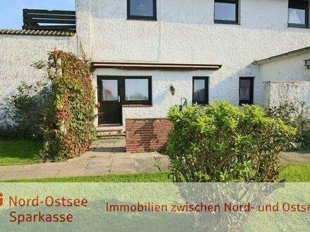 Gemütliche 1-Zimmer Ferienwohnung mit offenem Kamin, Westterrasse und PKW-Stellplatz