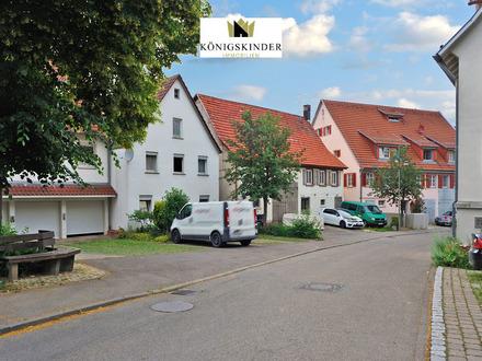 Kleines, gemütliches, ausbaufähiges 2-Familienhaus, zentrumsnah, mit Gewölbekeller