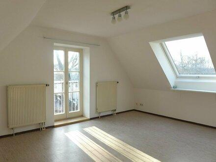 Gemütliche 2 Zimmer-Dachgeschosswohnung in Leutkirch