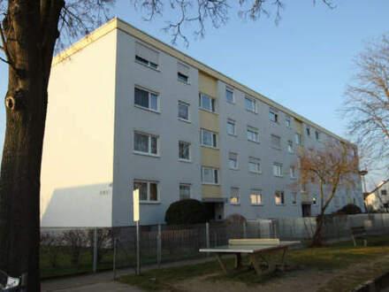 Lichtdurchflutete und renovierte 4-Zimmer Eigentumswohnung