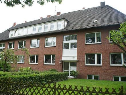 TT Immobilien bietet Ihnen: Kleine Räumlichkeiten ideal geeignet für ein kleines Büro im schönen Villenviertel!