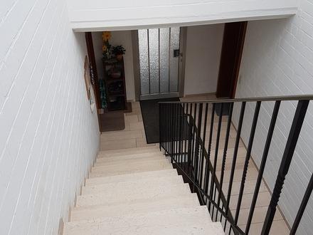 Singles und Investoren aufgepasst - schöne 2 Zimmer Wohnung mit Aussicht