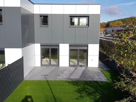 Doppelhaushälfte in Homburg, Stadtteil Bruchhof, zu vermieten! NEUBAU Erstbezug