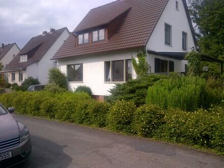 3- Zimmer Wohnung 60m² OG, EBK, Balkon ohne Haustiere