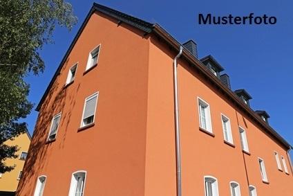 + Wohn- und Bürogebäude +