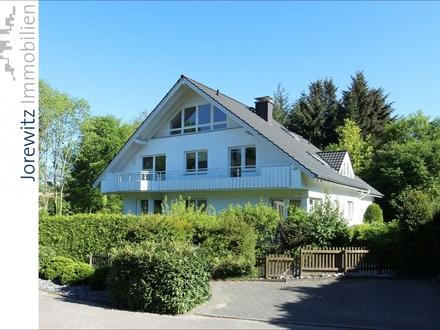 Traumlage in Bielefeld Hoberge-Uerentrup: Schicke 3 Zimmer-Wohnung mit großem Balkon