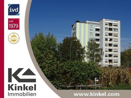 Große 4,5-Zimmer-Wohnung mit herrlicher Aussicht im 7. OG mit Aufzug, 2 Loggien und TG-Stellplatz