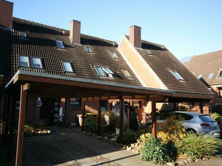 Kompaktes Reihenmittelhaus in Büdelsdorf mit Carportstellplatz