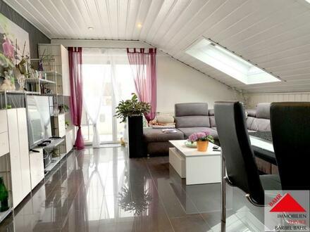 Hübsches Dachgeschoss für junge Leute in sehr schöner Lage