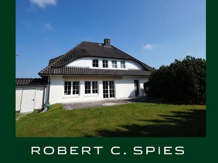 Super gelegen in Stendorf: Einfamilienhaus mit Keller und Doppelgarage