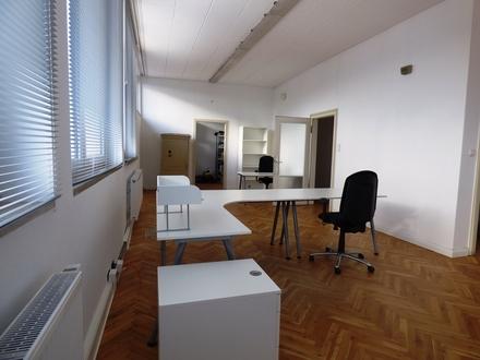 Großzügige Büroräume im 1. Obergeschoss