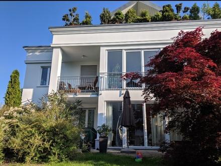 Helle, geräumige 3-Zimmer Wohnung mit Gartenterrasse